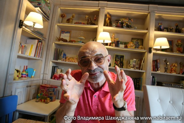 """Юрий Шерлинг в кафе """"Латук"""""""