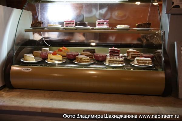 """Десерты в кафе """"Му-Му"""""""