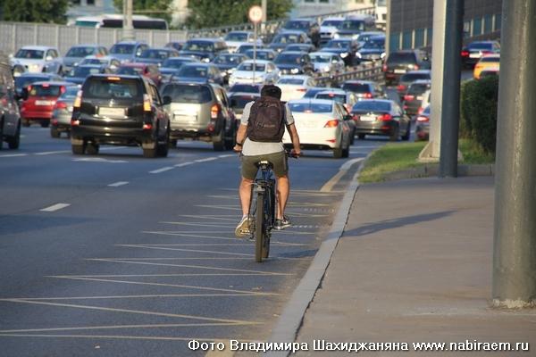 Велосипедист на ТТК